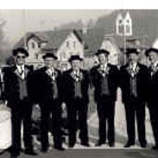 Die ersten Veteranen 1987 Von links: Heinz Willisegger (Ehrendirektor), Anton Bossert, Jos