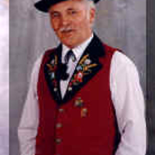 Unser Präsident bis 2004 Hermann  Schöpfer